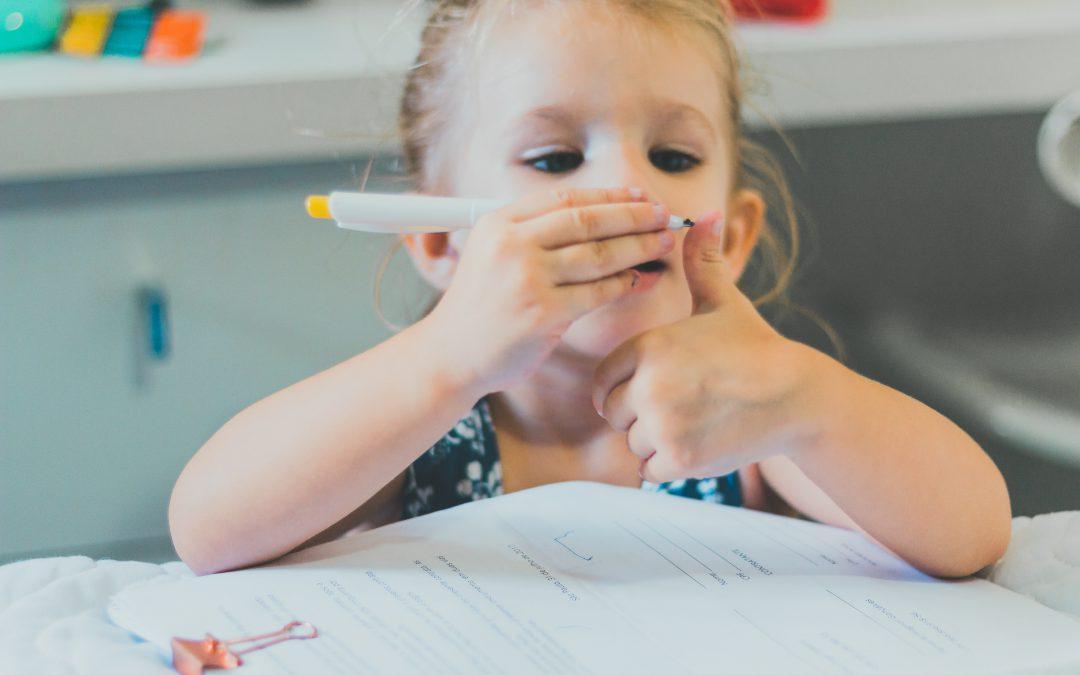 Jak zachęcić dziecko do nauki pisania? Kreatywnie!